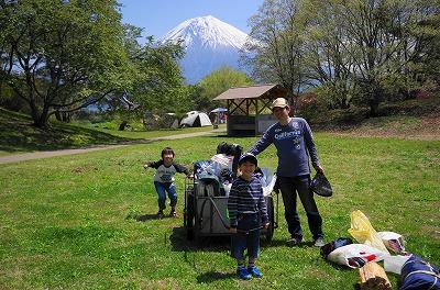 富士山のキャンプ